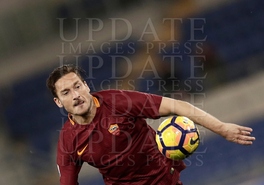 Calcio, Serie A: Roma, stadio Olimpico, 1marzo 2017.<br /> Roma's Francesco Totti in action during the Italian TIM Cup 1st leg semifinal football match between Lazio and AS Roma at Rome's Olympic stadium, on March 1, 2017.<br /> UPDATE IMAGES PRESS/Isabella Bonotto