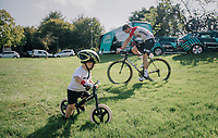 Jens Keukeleire (BEL/Lotto-Soudal) & son warming up before the race start...<br /> <br /> 59th Grand Prix de Wallonie 2018 <br /> 1 Day Race from Blegny to Citadelle de Namur (BEL / 206km)