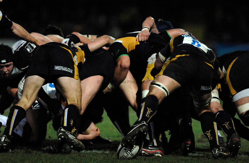 Photo: Richard Lane..Worcester Warriors v Newcastle Falcons. Guinness Premiership. 16/03/2007. .Worcester Warriors scrum.