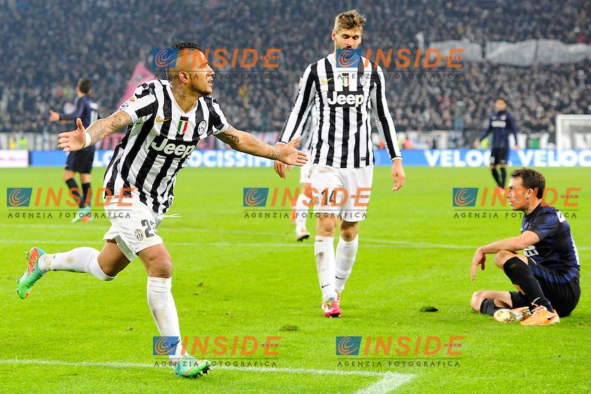 Esultanza gol di Arturo Vidal 3-0 Juventus. Goal celebration<br /> Torino 02-02-2014 Juventus Stadium - Football 2013/2014 Serie A. Juventus - Inter Foto Giuseppe Celeste / Insidefoto