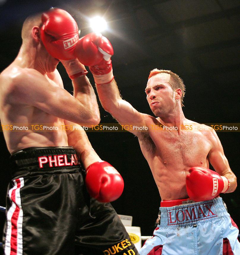 Matchroom Boxing, Goresbrook Centre 18/11/05 - Michael Lomax vs Kevin Phelan, Welterweight - (Gavin Ellis 2005)