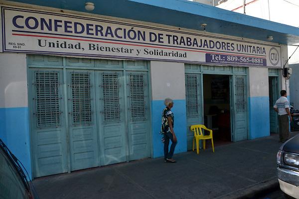 Rueda de prensa de los Federaci&oacute;n de Asociaciones de Servidores P&uacute;blicos, CTU, Villa Juana.<br /> Foto: Ariel D&iacute;az-Alejo/acento.com.do. <br /> Fecha: 26/11/2013.