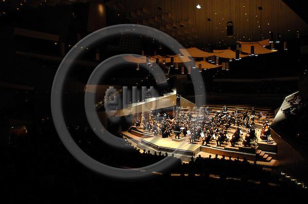 BERLIN - GERMANY 5. 1. 2007 -- The German-Scandinavian Youth orchestra (Deutsch-Skandinavische Jugend-Philharmonie) in concert at the Berliner Philharmonie during the 31. German-Scandinavian Orchestraweek -- PHOTO: GORM K. GAARE / EUP- IMAGES ...