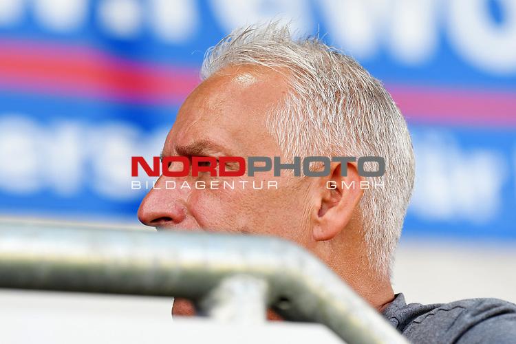 12.06.2020, Hänsch-Arena, Meppen, GER, 3.FBL, SV Meppen vs. Hallescher FC, <br /> <br /> im Bild<br /> Trainer Christian Neidhart (SV Meppen)<br /> <br /> <br /> DFL REGULATIONS PROHIBIT ANY USE OF PHOTOGRAPHS AS IMAGE SEQUENCES AND/OR QUASI-VIDEO<br /> <br /> Foto © nordphoto / Paetzel