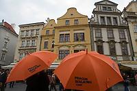 Europe/République Tchèque/Prague:la Place de la Vieille-Ville - Excursion touristique organisée