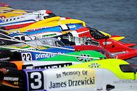 Tim Seebold (#16) gets a jump off the start dock.   (Formula 1/F1/Champ class)