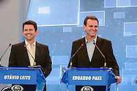 RIO DE JANEIRO, RJ, 02 AGOSTO 2012 - ELECOES 2012 - DEBATE BAND - PREFEITURA DO RIO DE JANEIRO - Os candidatos Otavio Leite (PSDB) e Eduardo Paes (PMDB) a prefeitura do Rio de Janeiro durante debate na TV Band na sede da Band Rio em Botafogo no Rio de Janeiro, nesta quinta-feira, 02. (FOTO: MARCELO FONSECA / BRAZIL PHOTO PRESS).