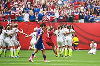 VANCOUVER, CANADÁ, 05.07.2015 - EUA-JAPÃO - Jogadoras dos Estados Unidos durante partida contra o Japão jogo válido pela final da Copa do Mundo de Futebol Feminino no Estádio BC Place em Vancouver  no Canadá neste domingo, 05. (Foto: William Volcov/Brazil Photo Press)