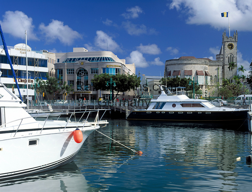 BRB, Barbados, Bridgetown: Marina und House of Assembly | BRB, Barbados, Bridgetown: Marina and House of Assembly