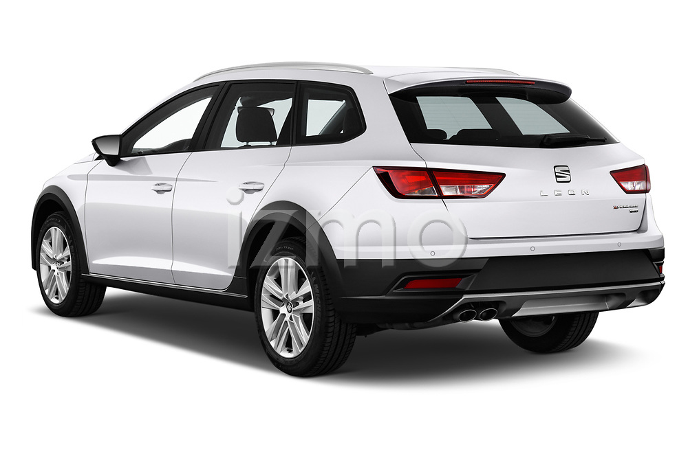 Car pictures of rear three quarter view of a 2017 Seat Leon Xperience Base 5 Door Wagon angular rear