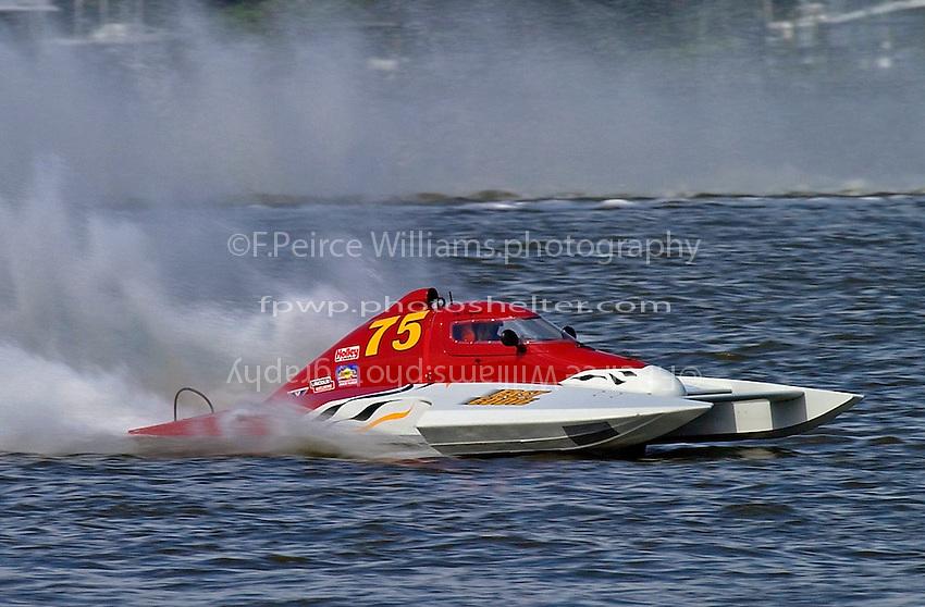 "Dan Kanfoush, CS-75 ""Fast Eddie"" (2.5 Litre Stock hydroplane(s)"