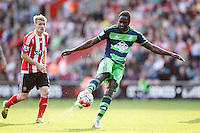 Eder shoots at goal during the Barclays Premier League match between Southampton v Swansea City played at St Mary's Stadium, Southampton