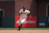 SAN FRANCISCO, CA - APRIL 27:  Brandon Belt #9 of the San Francisco Giants runs the bases against the Los Angeles Dodgers during the game at AT&T Park on Thursday, April 27, 2017 in San Francisco, California. (Photo by Brad Mangin)