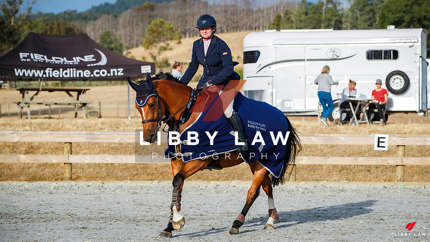 CLASS 7: Auckland Veterinary Centre Speed Horse 1.30m - 1.35m. 2020 NZL-Fieldline Horse Floats Brookby Showjumping Summer GP Show. Papatoetoe Pony Club. Auckland. Saturday 8 February. Copyright Photo: Libby Law Photography