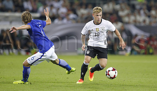 31.08.2016 Moenchengladbach, Germany. International football freindly. Germany versus Finland. Max Meyer of Germany (R) challenges Alexander Ring of Finland