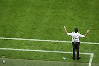 MUNIQUE, ALEMANHA, 06.09.2013 - COPA 2014 - ELIMINATORIAS EUROPA - Joachim Loew da Alemanha durante partida contra a Austria jogo valido pela oitava rodada do grupo C das Eliminatorias Europeias da Copa do Mundo de 2014 no Estádio Allianz Arena em Munique na Alemanha, nesta sexta-feira, 06. A Alemanha venceu por 3 a 0 e lidera o grupo. (Foto: Reinaldo Coddou / Pixathlon / Brazil Photo Press).