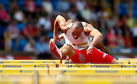 Photo: Richard Lane/Richard Lane Photography..Aviva World Trials & UK Championships athletics. 11/07/2009. Andy Turner in a men's 110m hurdles.