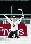 Solna 2014-03-15 Bandy SM-final Damer Kareby IS - AIK  :  <br /> AIK:s Matilda Svenler jublar efter att ha gjort 2-1<br /> (Foto: Kenta J&ouml;nsson) Nyckelord:  SM SM-final final dam damer Kareby AIK jubel gl&auml;dje lycka glad happy