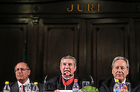 SAO PAULO, SP, 04 FEVEREIRO 2013 - ABERTURA DO ANO JUDICIARIO 2013 - Geraldo Alckmin Governador de Sao Paulo (e) e .Ivan Ricardo Garisio Sartori, (c ) Presidente do Tribunal de Justiça do Estado de São Paulo , Presidente o ministro Ricardo Lewandowski,(d) do Supremo Tribunal Federal (STF),durante Sessão de Abertura do Ano Judiciário de 2013 no Palácio da Justiça na região central da capital paulista, nesta segunda-feira, 04. (FOTO: VANESSA CARVALHO / BRAZIL PHOTO PRESS).