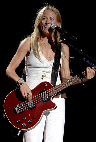 WEST PALM BEACH, FL - OCTOBER 11th:  Sheryl Crow performs at Sound Advice Amphitheatre on October 11th, 2006 in West Palm Beach, Florida.  <br /> <br /> Credit:mpi04/MediaPunch.<br /> <br /> People: Sheryl Crow
