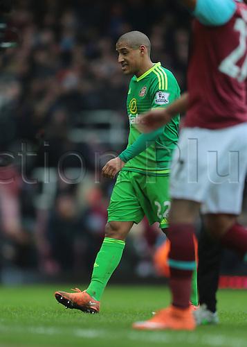 27.02.2016. Boleyn Ground, London, England. Barclays Premier League. West Ham versus Sunderland. Sunderland Midfielder Wahbi Khazri looks dejected at full time, 1-0 West Ham
