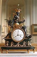 France/17/Charente Maritime/La Rochelle: Musée du Nouveau monde, pendule dite au nègre, allégorie de l'Amérique 19ème siècle