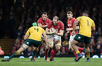 Wales' Alun Wyn Jones lines up Australia's Rob Simmons<br /> <br /> Photographer Simon King/CameraSport<br /> <br /> International Rugby Union - 2017 Under Armour Series Autumn Internationals - Wales v Australia - Saturday 11th November 2017 - Principality Stadium - Cardiff<br /> <br /> World Copyright &copy; 2017 CameraSport. All rights reserved. 43 Linden Ave. Countesthorpe. Leicester. England. LE8 5PG - Tel: +44 (0) 116 277 4147 - admin@camerasport.com - www.camerasport.com