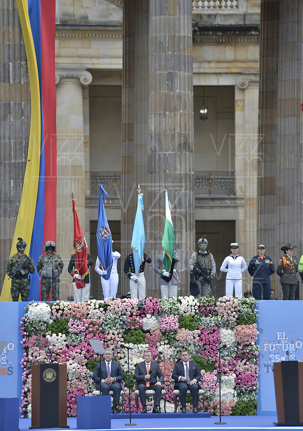 BOGOTÁ - COLOMBIA, 07-08-2018: Aspecto de la ceremonia de juramento en donde Ivan Duque, toma posesión como presidente de la República de Colombia para el período constitucional 2018 - 22 en la Plaza Bolívar el 7 de agosto de 2018 en Bogotá, Colombia. / Aspect of the swearing ceremony where Ivan Duque, takes office to constitutional term as president of the Republic of Colombia 2018 - 22 at Plaza Bolivar on August 7, 2018 in Bogota, Colombia. Photo: VizzorImage/ Gabriel Aponte / Staff