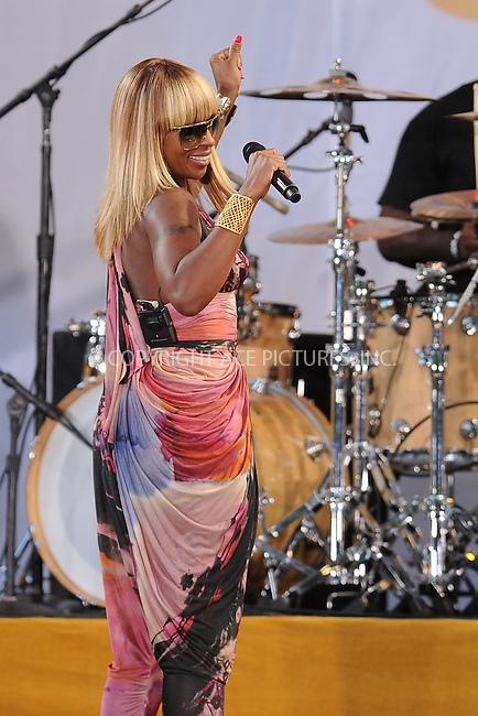 WWW.ACEPIXS.COM . . . . . .September 2, 2011 New York City....Mary J Blige performs on Good Morning America in Central Park on September 2, 2011 in New York City....Please byline: KRISTIN CALLAHAN - ACEPIXS.COM.. . . . . . ..Ace Pictures, Inc: ..tel: (212) 243 8787 or (646) 769 0430..e-mail: info@acepixs.com..web: http://www.acepixs.com .