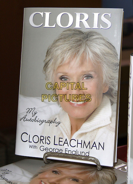 "CLORIS LEACHMAN's Book.Nine-time Emmy Award Winner and Star of Dancing with the Stars signs her new book ""Cloris"" held at Bookends Book Store, Ridgewood, New Jersey, USA,.1st April 2009..atmosphere cover .CAP/ADM/PZ.©Paul Zimmerman/Admedia/Capital Pictures"