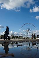 Parigi nella foto gli Champs-&Eacute;lys&eacute;es geografico Parigi 05/11/2016 foto Matteo Biatta<br /> <br /> Paris in the picture Champs-&Eacute;lys&eacute;es geographic Paris 05/11/2016 photo by Matteo Biatta