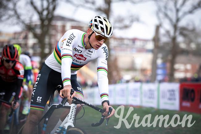 eventual winner Mathieu Van der Poel (NED/Alpecin Fenix) cornering <br /> <br /> <br /> Men Elite Race<br /> UCI Cyclocross Worldcup – Hoogerheide (Netherlands)<br /> <br /> ©kramon
