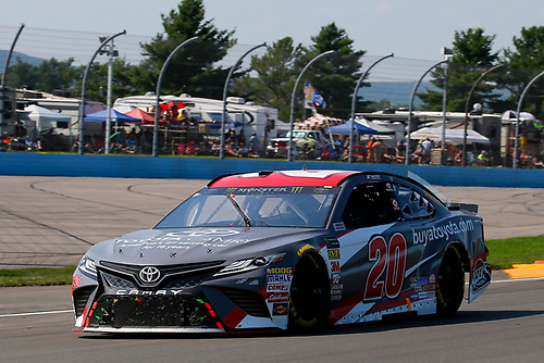#20: Erik Jones, Joe Gibbs Racing, Toyota Camry buyatoyota.com