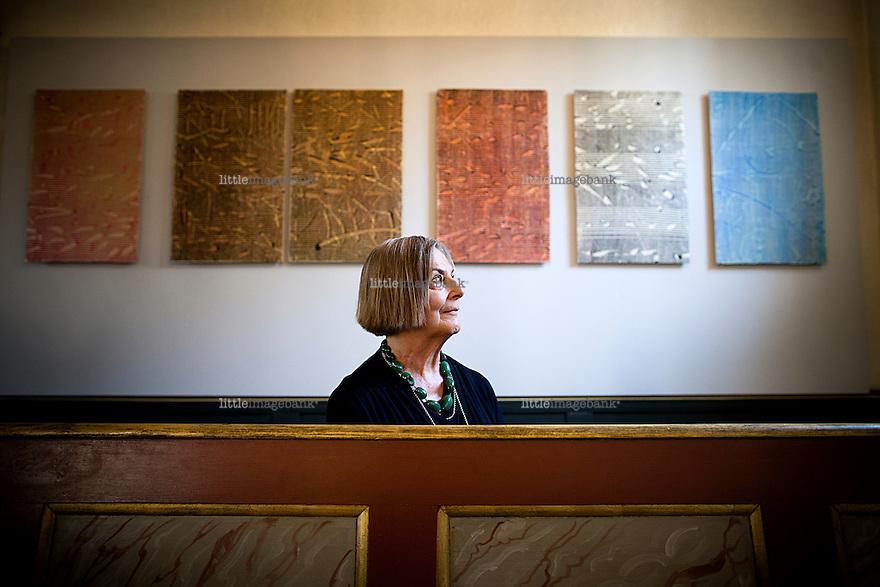 """Oslo, Norge, 21.06.2012. Utstillingsåpningen av """"Ihukommelse - 22.07.11."""" av kunstneren Borgny Svalastog i Oso Domkirke. Foto: Christopher Olssøn."""