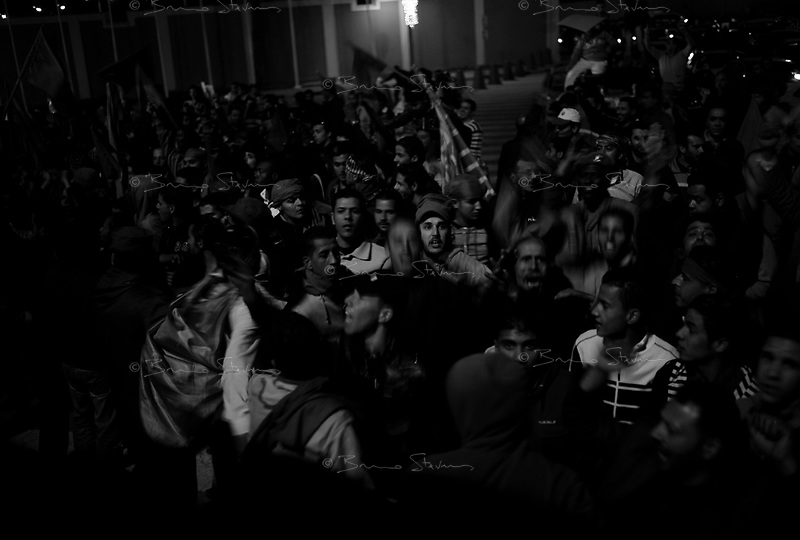 Tripoli, Libya, March 19, 2011.A large crowd, about 2000 people, gather towards Bab al Azizia, Muammar Khaddafi coumpound in Tripoli to show support for the regime on the eve of the international military intervention following UN rsolution 1973.e