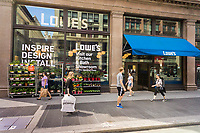 A Lowe's urban-oriented home improvement store in New York on Tuesday, June 27, 2017. Lowe's Companies shares have dropped 3.7% since their earnings report last month, which missed analysts' expectations. Lowe's is the second-largest home improvement chain after Home Depot. (© Richard B. Levine)