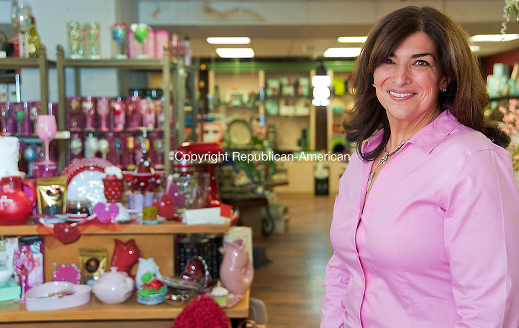 WATERBURY, CT 05 FEBRUARY 2013- --020613JS06--Lori Green, owner of Elizabeth Richard Gifts on Chase Parkway in Waterbury. .Jim Shannon Republican American .