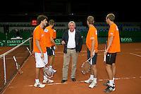 16-9-09, Netherlands,  Maastricht, Tennis, Daviscup Netherlands-France, Training, Rene Thijssen
