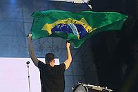 SAO PAULO, SP, 05.04.2014 - LOLLAPALOZA - Show da banda americana Imagine Dragons no palco Onix no primeiro dia do Festival Lollapaloza no Autodromo de Interlagos na regiao sul da cidade de Sao Paulo neste sabado. (Foto: Vanessa Carvalho / Brazil Photo Press.)