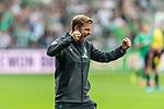 01.09.2019, wohninvest WESERSTADION, Bremen, GER, 1.FBL, Werder Bremen vs FC Augsburg<br /> <br /> DFL REGULATIONS PROHIBIT ANY USE OF PHOTOGRAPHS AS IMAGE SEQUENCES AND/OR QUASI-VIDEO.<br /> <br /> im Bild / picture shows<br /> Florian Kohfeldt (Trainer SV Werder Bremen) bejubelt 3:2 Heimsieg gegen FC Augsburg und erste drei Punkte der Saison nach Abpfiff emotional, <br /> <br /> Foto © nordphoto / Ewert