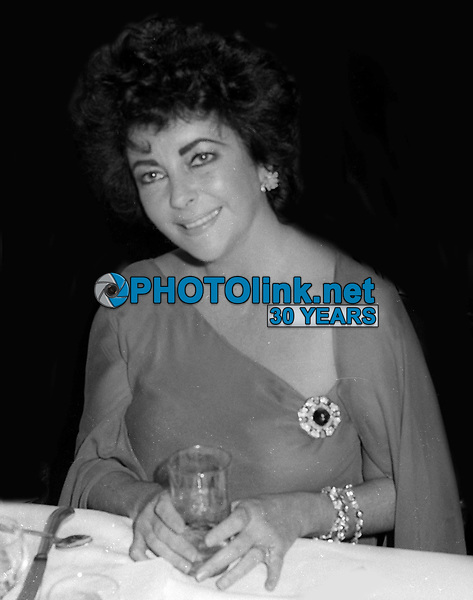 Elizabeth Taylor Undated<br /> Photo By John Barrett/PHOTOlink