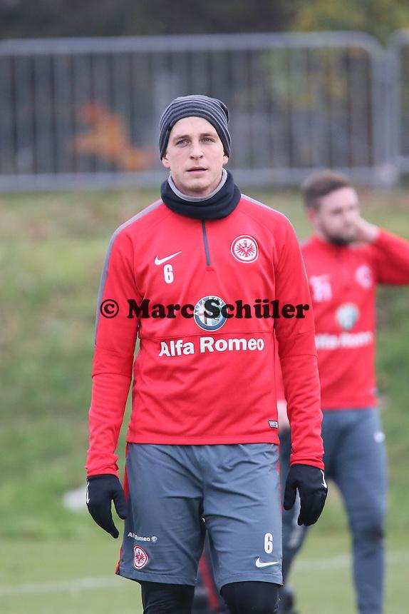 Bastian Oczipka (Eintracht) - Eintracht Frankfurt Training, Commerzbank Arena