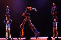 """MANIZALES-COLOMBIA. 07-09-2015: Obra """"Carmen"""" de la Compañía Circo Nacional de Venezuela presentada en el Teatro Fundadores durante el XXXVII Festival Internacional de Teatro de Manizales 2015, Colombia./  Play """"Carmen"""" of the group National Cirque of Venezuela Company presented at Fundadores Theatre during the XXXVII International Theatre Festival of Manizales 2015, Colombia. Photo: VizzorImage/Yonboni/STR"""