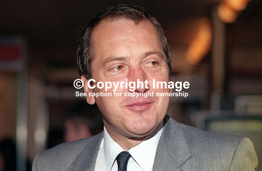 Ronald Davies, MP, Labour Party, Caerphilly, UK, 19901009007.<br />