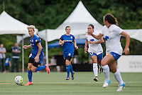 Seattle, Washington - Saturday, July 2nd, 2016: Seattle Reign FC midfielder Jessica Fishlock (10) looks for a pass during a regular season National Women's Soccer League (NWSL) match between the Seattle Reign FC and the Boston Breakers at Memorial Stadium. Seattle won 2-0.