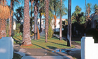 San Diego: Bungalow Court, 4th Avenue.   (Photo '85)