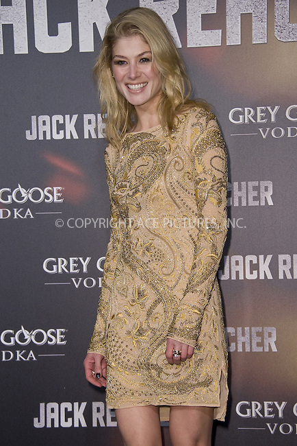WWW.ACEPIXS.COM....US SALES ONLY....December 13 2012, Madrid....Rosamund Pike arriving at the premiere of 'Jack Reacher' on December 13, 2012 in Madrid, Spain.....By Line: FD/ACE Pictures......ACE Pictures, Inc...tel: 646 769 0430..Email: info@acepixs.com..www.acepixs.com