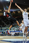 Drew Nicholas se eleva sobre Mirza Begic. Partido de Euroliga entre el Real Madrid y el EA7 Armani. 28 de Octubre 2011. La Caja M·gica. Madrid...Photo: Marcos / ALFAQUI