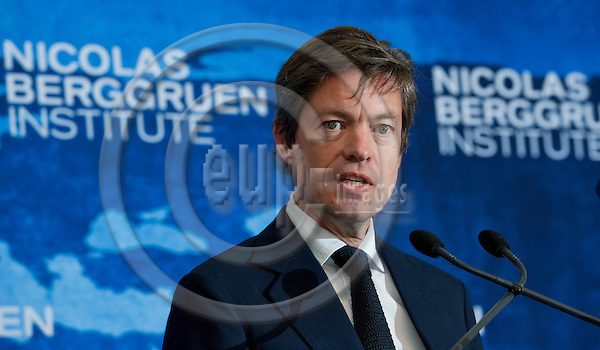 Brussels-Belgium - September 05, 2011 -- Press Conference held by NBI's Council for the Future of Europe (NBI: Nicolas Berggruen Institute); here,   Nicolas BERGGRUEN, Chairman Nicolas Berggruen Institute and Berggruen Holdings -- Photo: Horst Wagner / eup-images