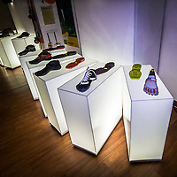 FuoriSalone2010 Zona Tortona: nel suo show room Vibram presenta le scarpe con le dita<br /> <br /> In his show room Vibram propose the shoes with fingers